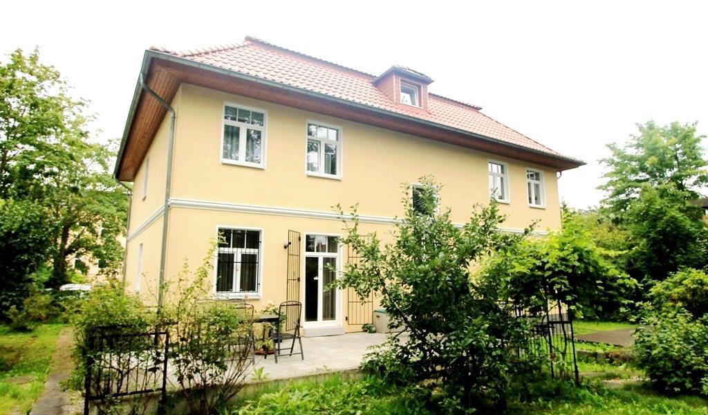 moderne zweifamilien villa