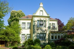 Charmante Villa in Wannsee mit Seezugang
